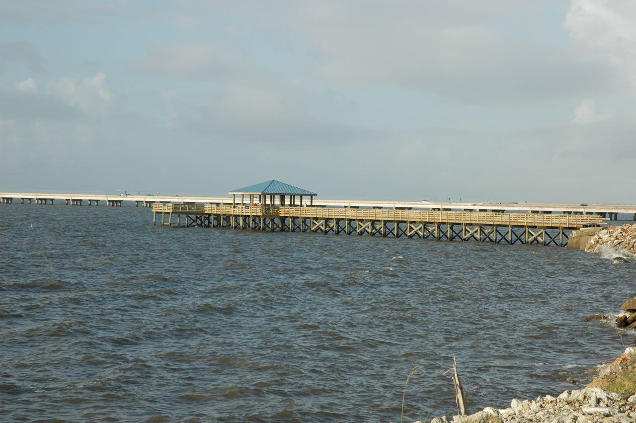 Mandeville fishing pier gills crane services for Harrison fishing pier