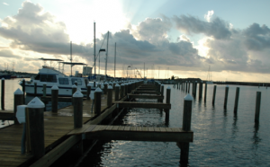 Gills crane services docks bulkheads boat houses slidell for Harrison fishing pier